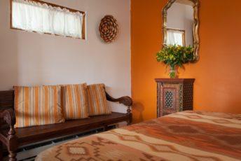 Dos Garden Room